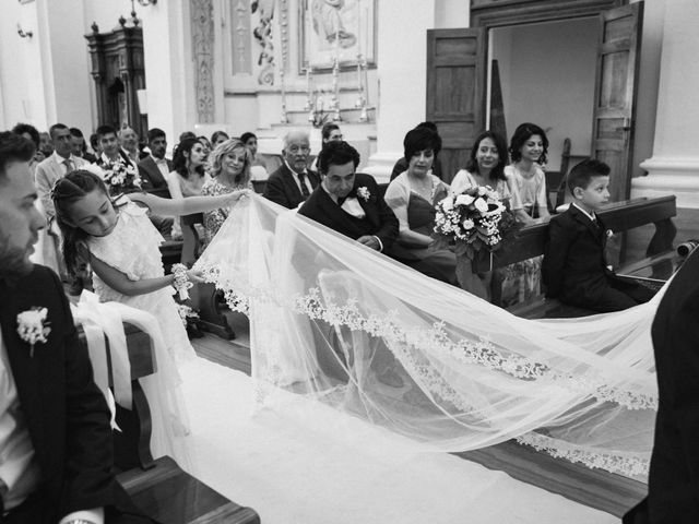 Il matrimonio di Matteo e Diana a Miglianico, Chieti 23