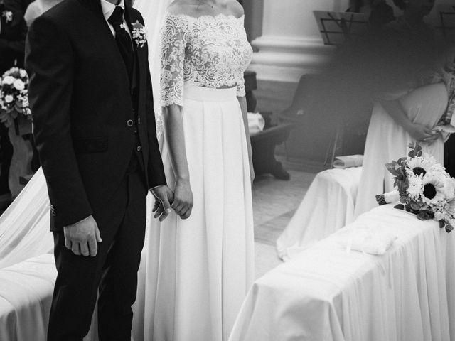 Il matrimonio di Matteo e Diana a Miglianico, Chieti 25
