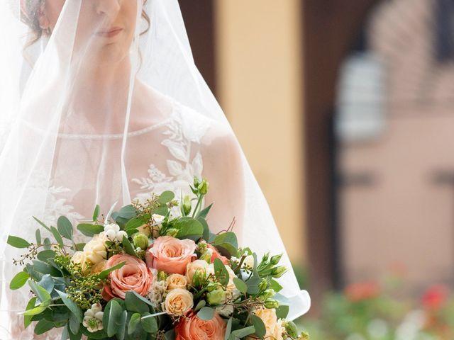 Il matrimonio di Vincenzo e Debora a Palazzo Pignano, Cremona 9