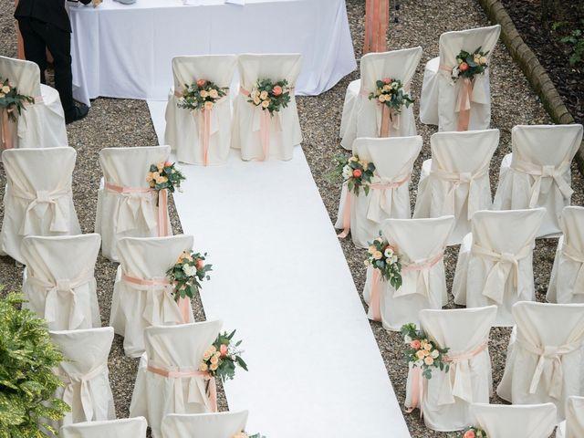 Il matrimonio di Vincenzo e Debora a Palazzo Pignano, Cremona 12