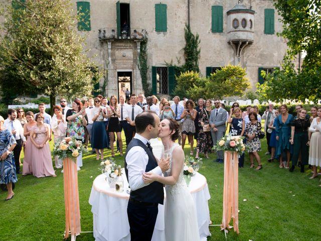 Il matrimonio di Vincenzo e Debora a Palazzo Pignano, Cremona 33