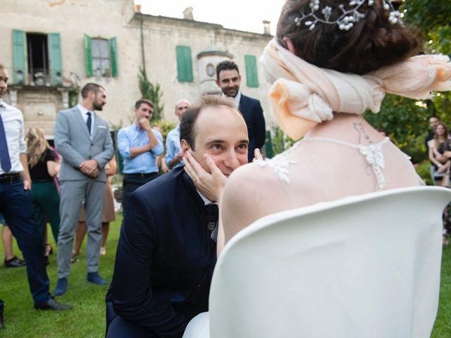Il matrimonio di Vincenzo e Debora a Palazzo Pignano, Cremona 40