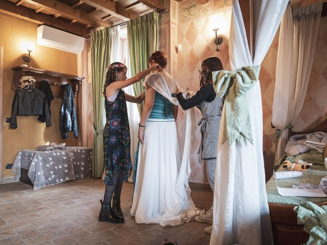 Il matrimonio di Marco e Emanuela a Godiasco, Pavia 24