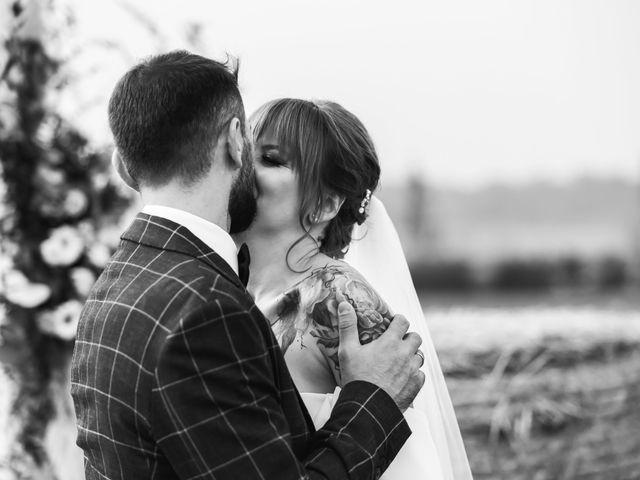 Il matrimonio di Vasile e Daniela a Buttigliera Alta, Torino 31
