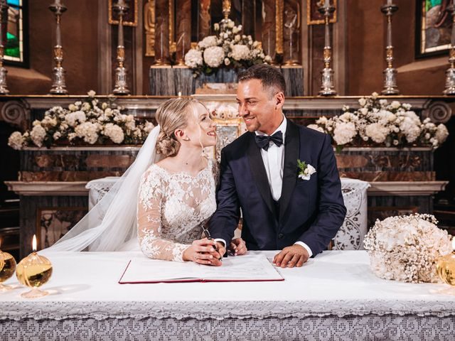 Il matrimonio di Alessio e Michela a Omegna, Verbania 30