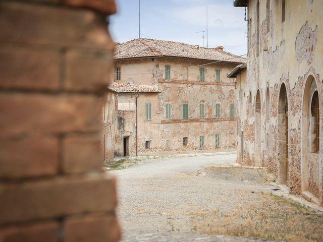 Il matrimonio di Massimiliano e Roberta a Monteriggioni, Siena 1