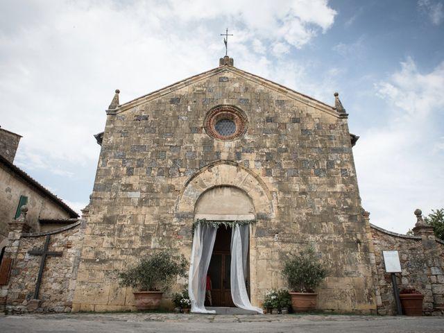 Il matrimonio di Massimiliano e Roberta a Monteriggioni, Siena 9