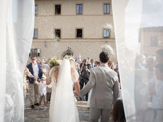 Il matrimonio di Massimiliano e Roberta a Monteriggioni, Siena 20