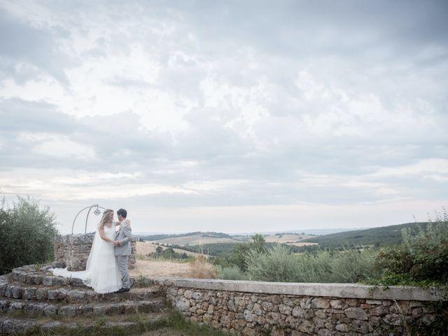 Il matrimonio di Massimiliano e Roberta a Monteriggioni, Siena 30