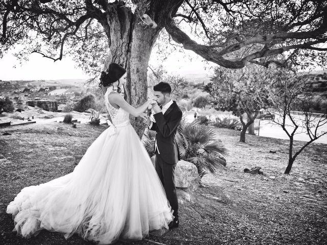 Il matrimonio di Angelo e Paola a Caltanissetta, Caltanissetta 19