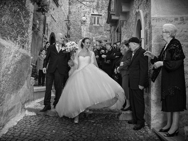 Il matrimonio di Dario e Valentina a Scanno, L'Aquila 31