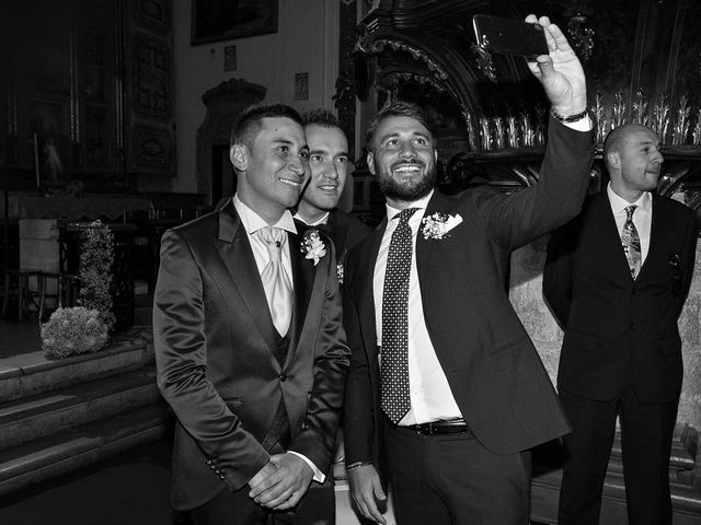 Il matrimonio di Dario e Valentina a Scanno, L'Aquila 37