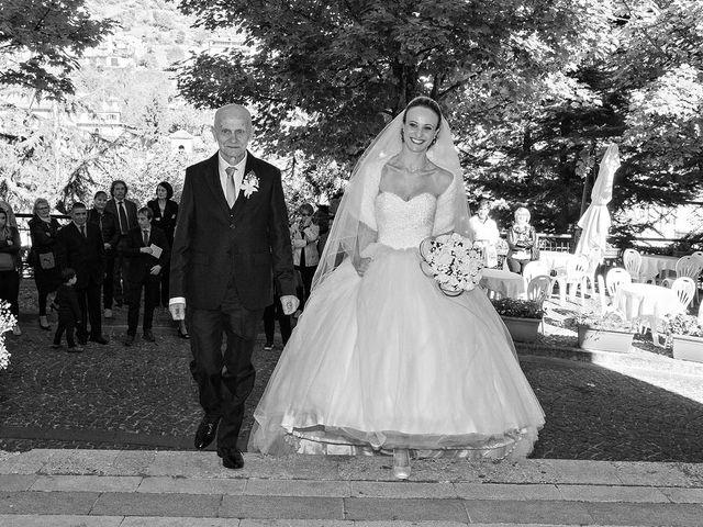Il matrimonio di Dario e Valentina a Scanno, L'Aquila 40