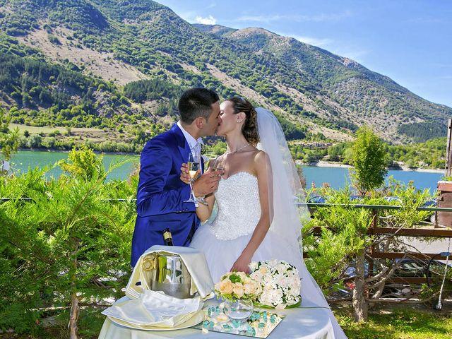 Il matrimonio di Dario e Valentina a Scanno, L'Aquila 67