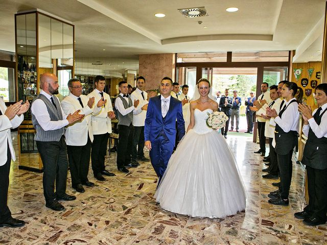 Il matrimonio di Dario e Valentina a Scanno, L'Aquila 69