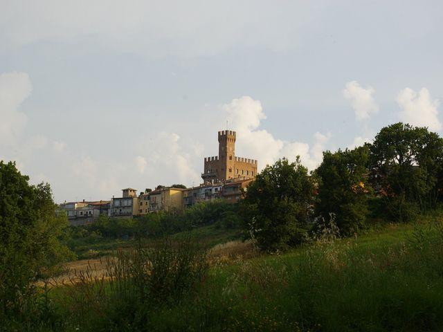 Il matrimonio di   Tonio e Laura a Tavoleto, Pesaro - Urbino 1