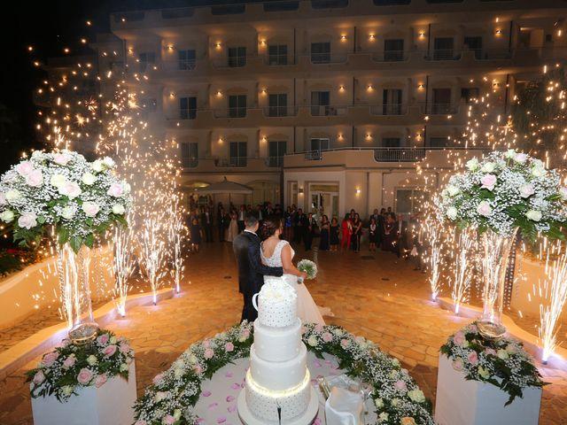 Il matrimonio di Debora e Alessandro a Roccella Ionica, Reggio Calabria 6