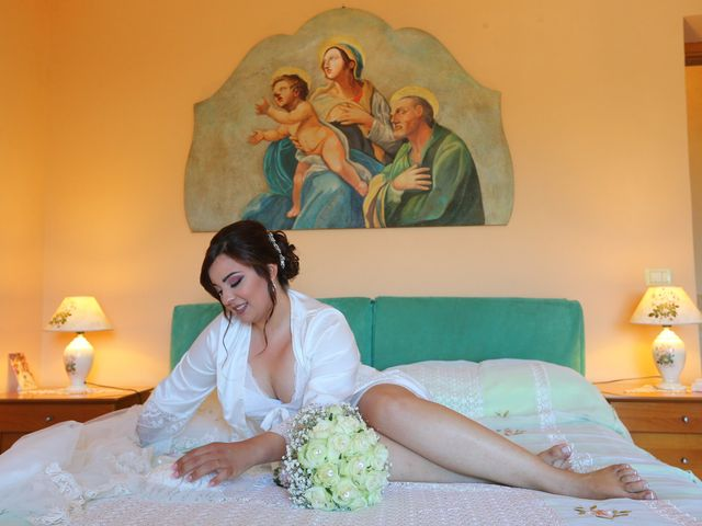 Il matrimonio di Debora e Alessandro a Roccella Ionica, Reggio Calabria 7