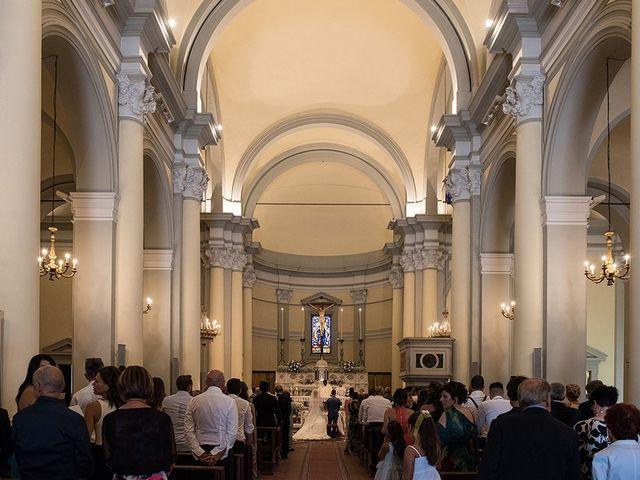 Il matrimonio di Elio e Giulia a Marlia, Lucca 26