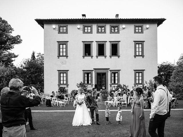Il matrimonio di Elio e Giulia a Marlia, Lucca 59