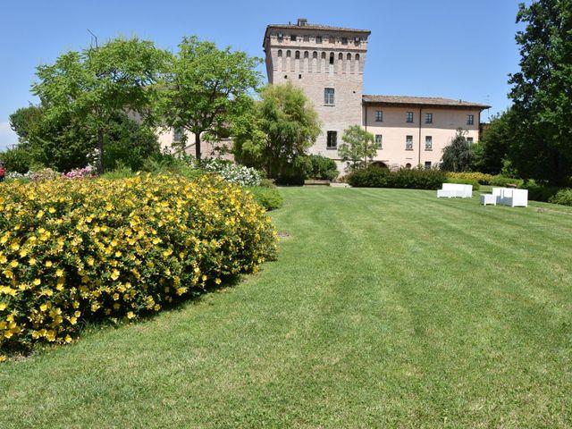 Il matrimonio di Matteo e Isabella a Fiorenzuola d'Arda, Piacenza 23