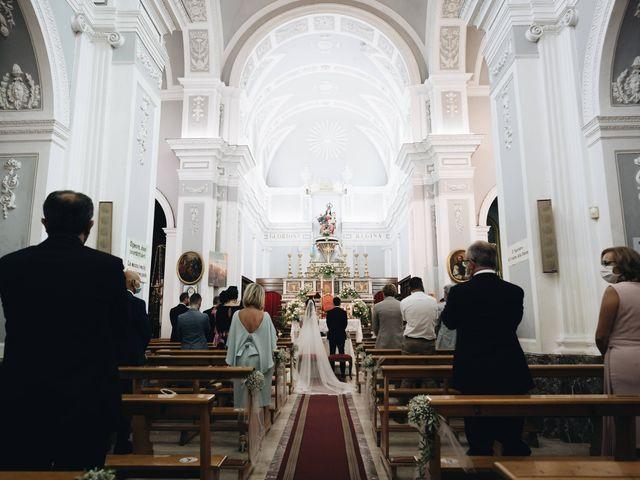 Il matrimonio di Laura e Fintan a Patti, Messina 12