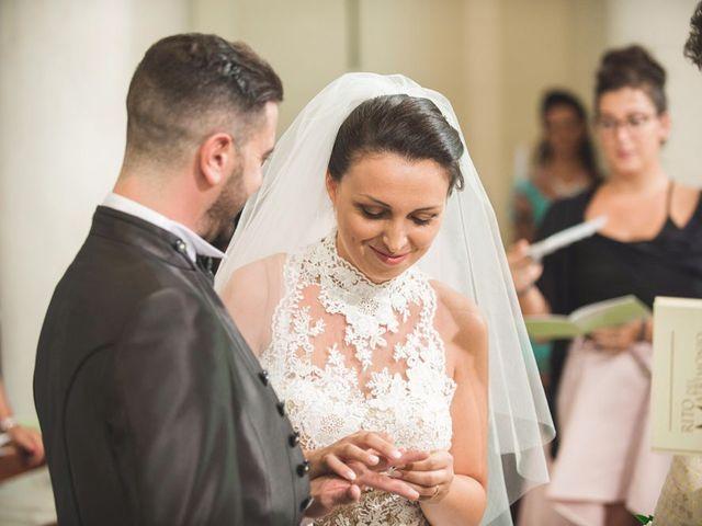 Il matrimonio di Luca e Claudia a Sant'Ippolito, Pesaro - Urbino 16