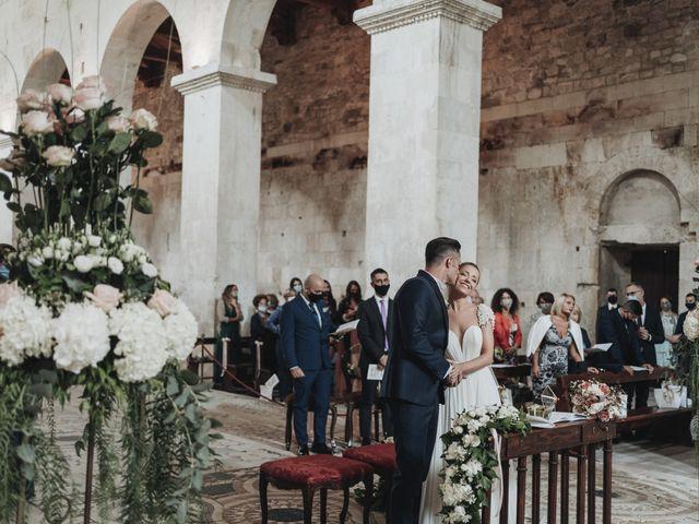 Il matrimonio di Noemi e Pierpaolo a Serramonacesca, Pescara 33