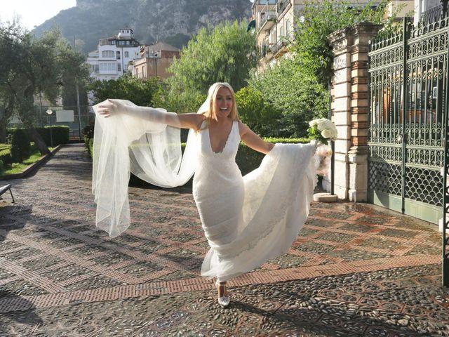 Il matrimonio di Kyle e Niamh a Taormina, Messina 21