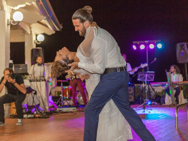 Il matrimonio di Ivan e Francesca a Cirò Marina, Crotone 21