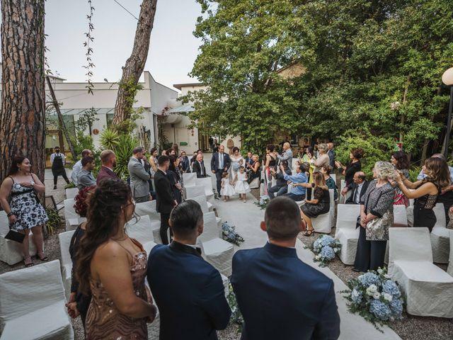 Il matrimonio di Anna e Alfonzo a Roseto degli Abruzzi, Teramo 26