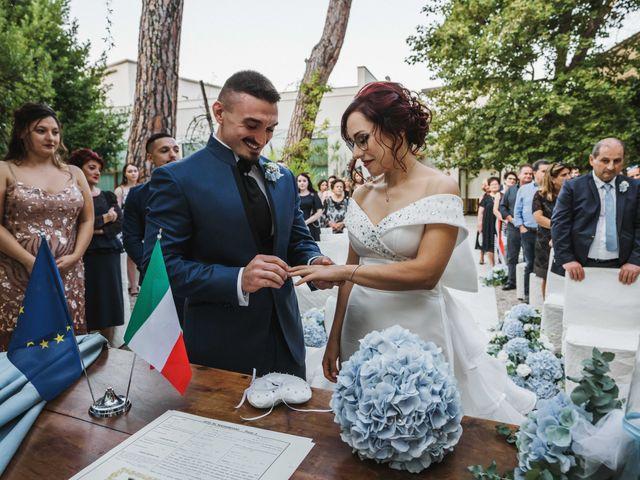 Il matrimonio di Anna e Alfonzo a Roseto degli Abruzzi, Teramo 27