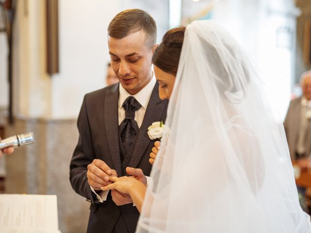 Il matrimonio di Davide e Valentina a Licciana Nardi, Massa Carrara 28