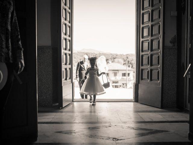 Il matrimonio di Davide e Valentina a Licciana Nardi, Massa Carrara 36