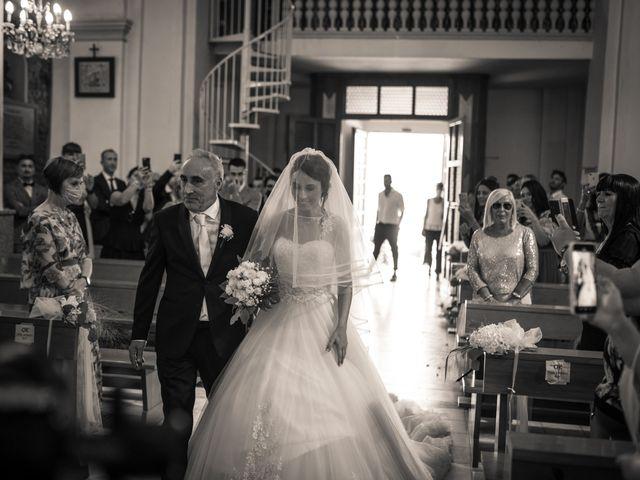 Il matrimonio di Davide e Valentina a Licciana Nardi, Massa Carrara 37