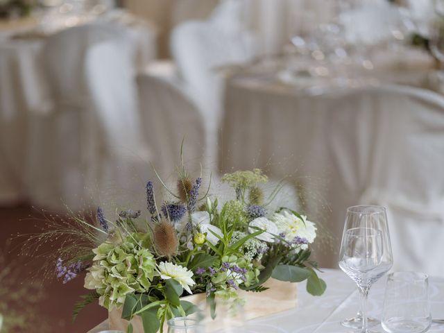 Il matrimonio di Davide e Valentina a Licciana Nardi, Massa Carrara 40