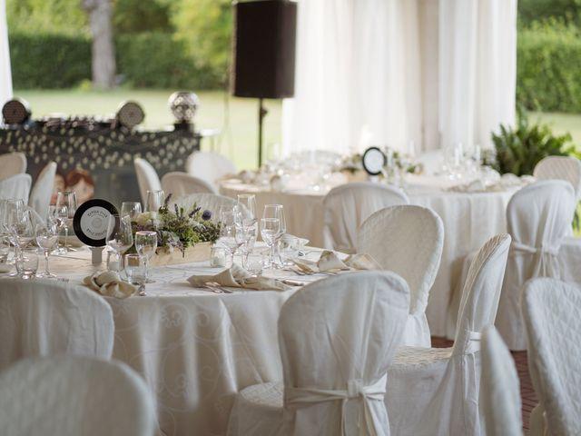 Il matrimonio di Davide e Valentina a Licciana Nardi, Massa Carrara 41