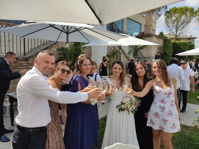 Il matrimonio di Michele e Stefania a Sarnano, Macerata 12