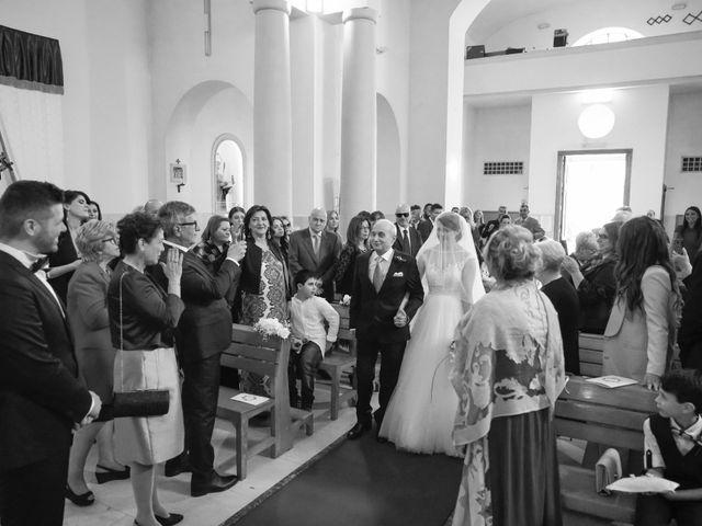 Il matrimonio di Emanuele e Monica a Napoli, Napoli 18