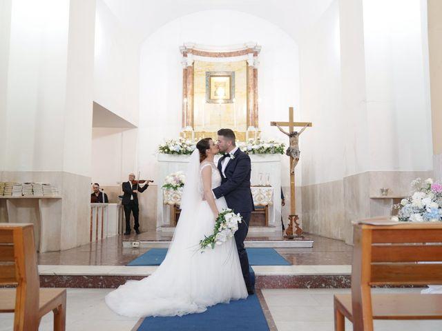 Il matrimonio di Emanuele e Monica a Napoli, Napoli 27