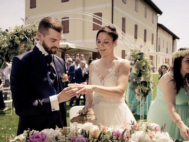 Il matrimonio di Gianluca e Angela a Volpago del Montello, Treviso 14