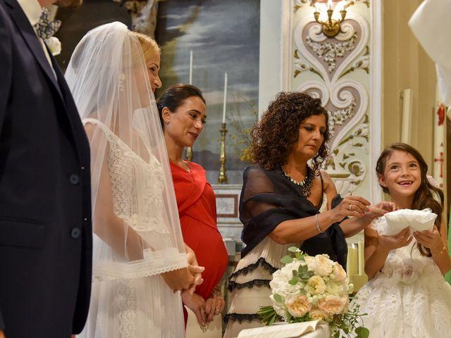 Il matrimonio di Silvia e Francesco a Mola di Bari, Bari 8