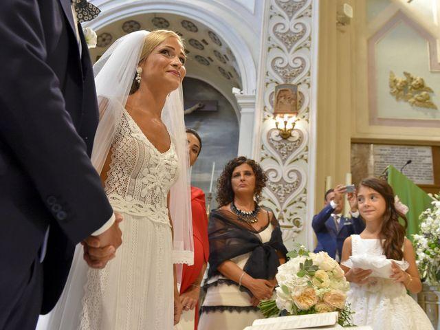 Il matrimonio di Silvia e Francesco a Mola di Bari, Bari 9