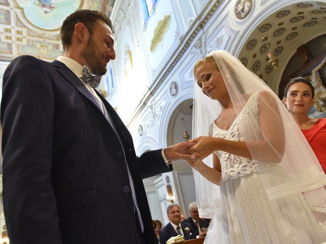 Il matrimonio di Silvia e Francesco a Mola di Bari, Bari 10
