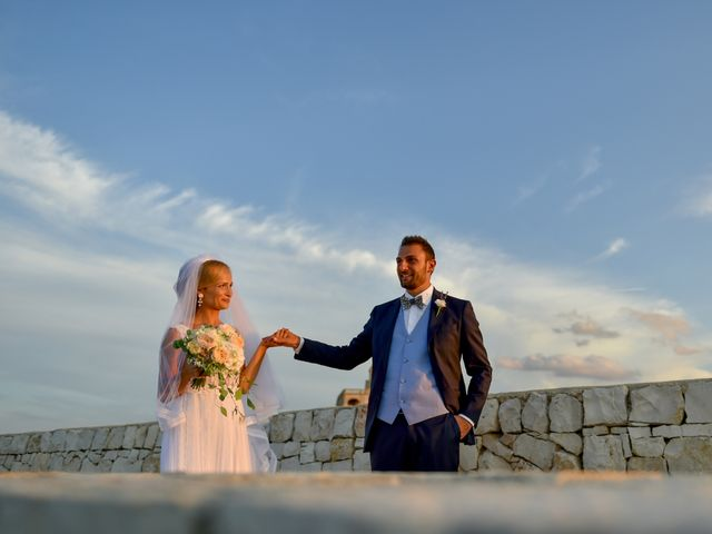 Il matrimonio di Silvia e Francesco a Mola di Bari, Bari 14