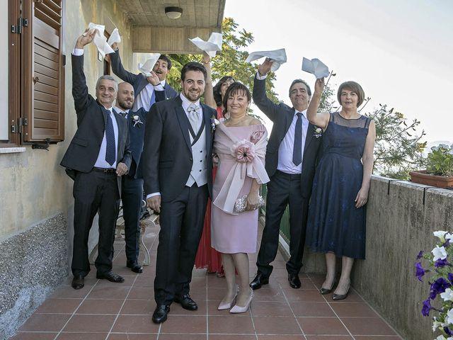 Il matrimonio di Davide e Serena a Castignano, Ascoli Piceno 26