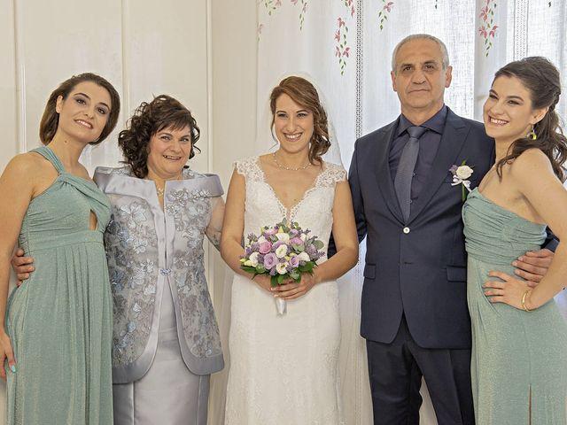 Il matrimonio di Davide e Serena a Castignano, Ascoli Piceno 30