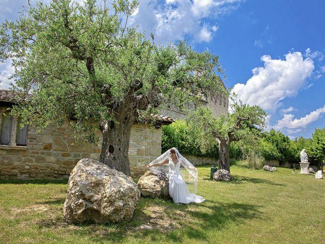 Il matrimonio di Davide e Serena a Castignano, Ascoli Piceno 46