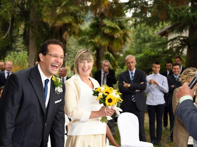 Il matrimonio di Alessandro e Marcella a Viverone, Biella 8