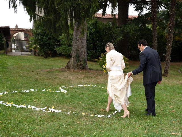 Il matrimonio di Alessandro e Marcella a Viverone, Biella 11